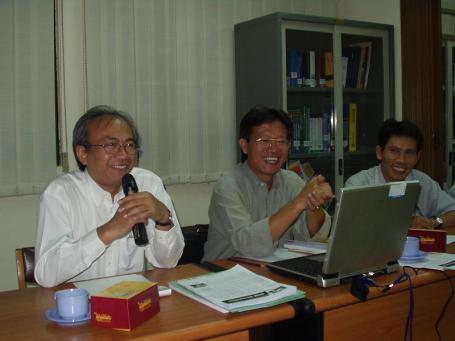 Tim reviewer Andi Isran (Bandung), Andreas (Surabaya), Nyoman (Bandung)